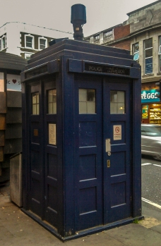 Earls Court Tardis Telephone Box © Memoirs Of A Metro Girl 2012