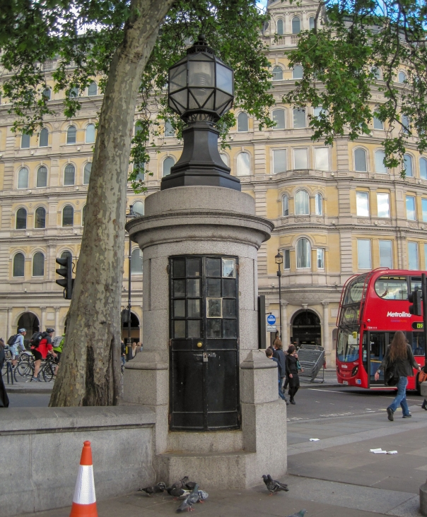Trafalgar Square police box © Memoirs Of A Metro Girl 2012
