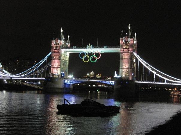 Tower Bridge Olympic rings © Memoirs Of A Metro Girl 2012