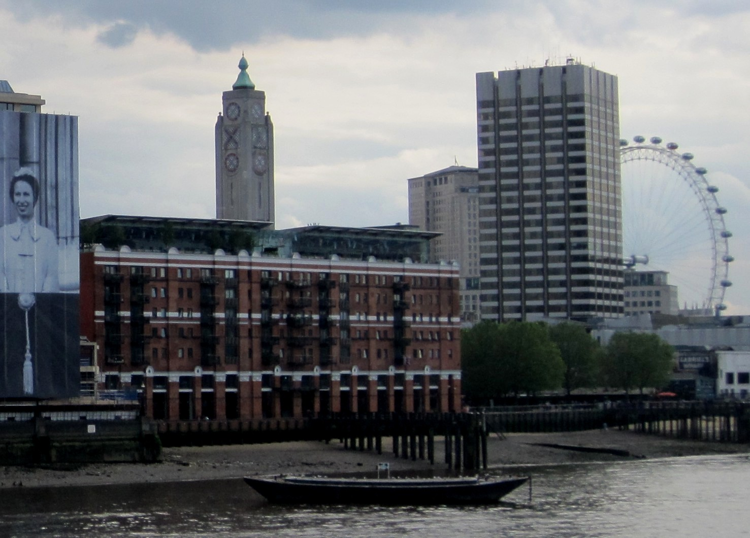 Oxo Tower © Memoirs Of A Metro Girl 2012