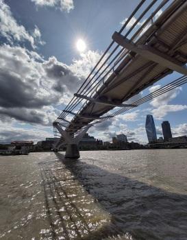 Millennium Bridge © Memoirs Of A Metro Girl 2014