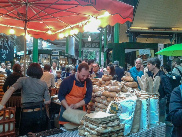 Bread Borough Market © Memoirs Of A Metro Girl 2014