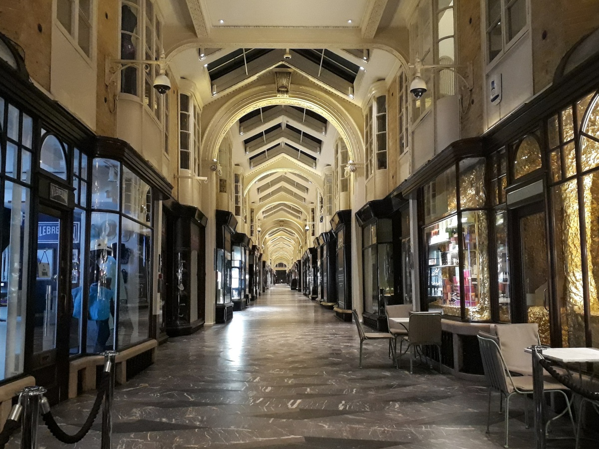 Burlington Arcade © Memoirs Of A Metro Girl 2019
