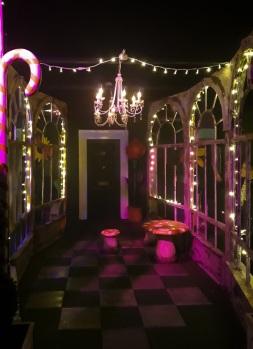 Backyard Cinema Christmas Labyrinth © Memoirs Of A Metro Girl 2018