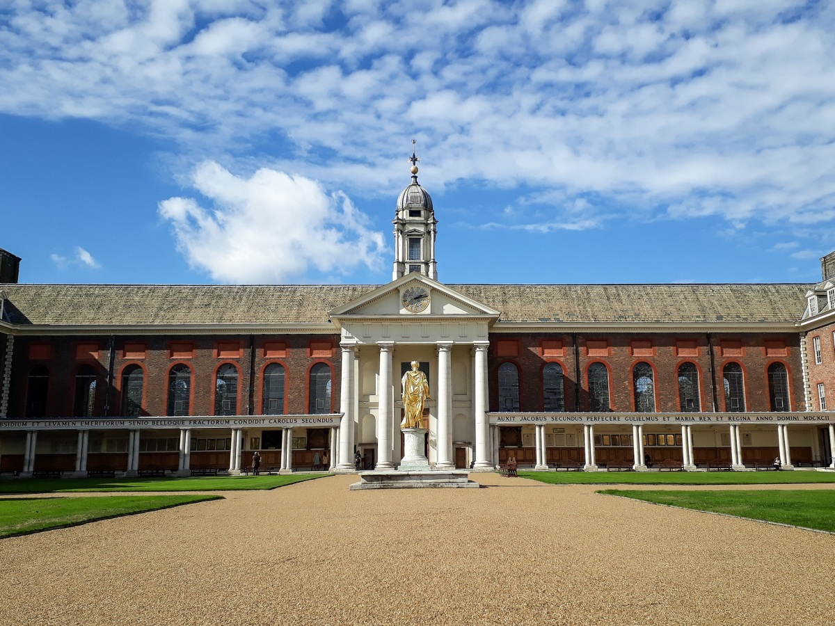 Royal Hospital Chelsea chapel exterior © Memoirs Of A Metro Girl 2019
