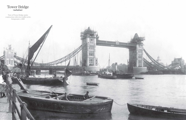 Tower Bridge being constructed ©City of London, London Metropolitan Archives