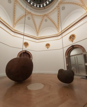 'Body' and 'Fruit' by Antony Gormley at the Royal Academy of Arts