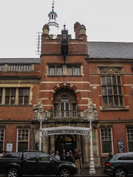 Finsbury Town Hall exterior © Memoirs Of A Metro Girl 2020